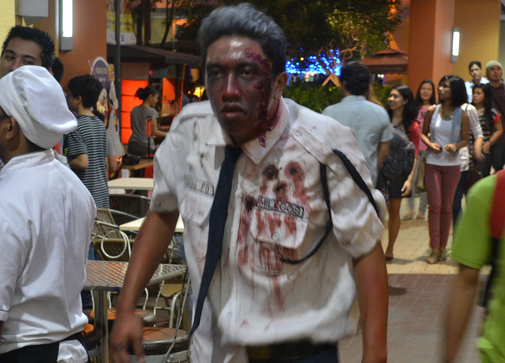 Halloween in Manila - Walking Dead Mall Cop at Mall of Asia - Manila Philippines