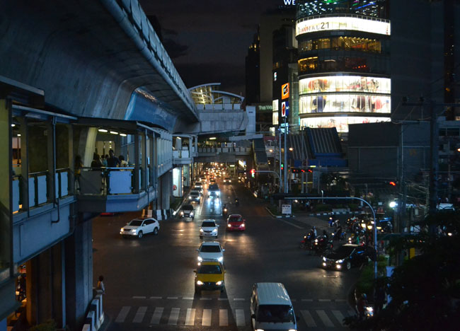 Night Asoke Interchange Bangkok, Best Job in the World, Taste Master