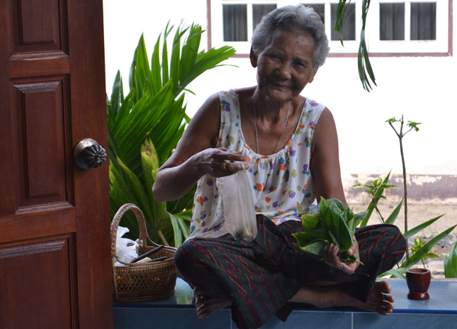 Granny with Betel Nut, Living in Thailand, Nang Rong, Simple life Rural Thailand