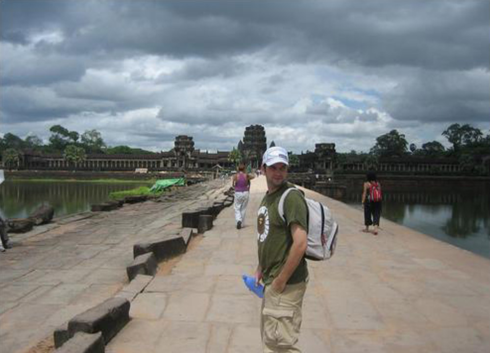 Forward to Angkor Wat, Cheapest Thai VISA Runs from Bangkok Thailand