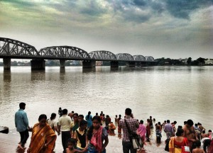 Kolkata Riverside, Travel Blogging with Ipad, Tablets, Southeast Asia