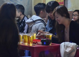 Bia Hoi Girls, Hanoi Night Market, Hang Dao, Weekend Nightlife