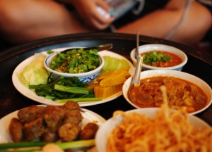 Northern Khantoke Dinner Set, Top 5 Thai Curries, Popular Curries in Thailand