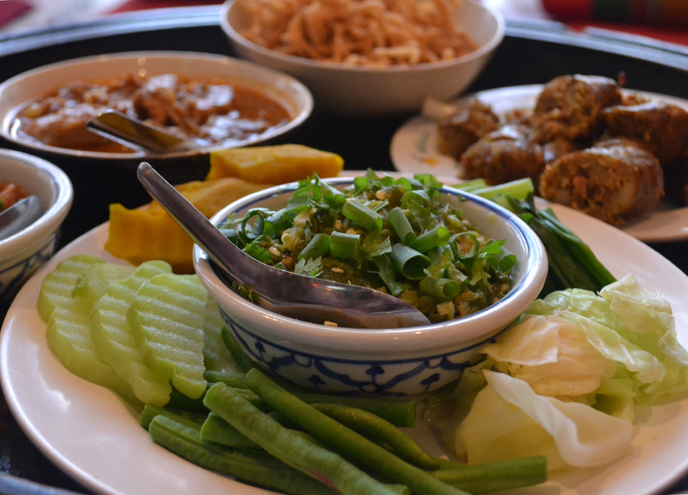Top 10 northern thai food lanna food and eating in north for Thailande cuisine