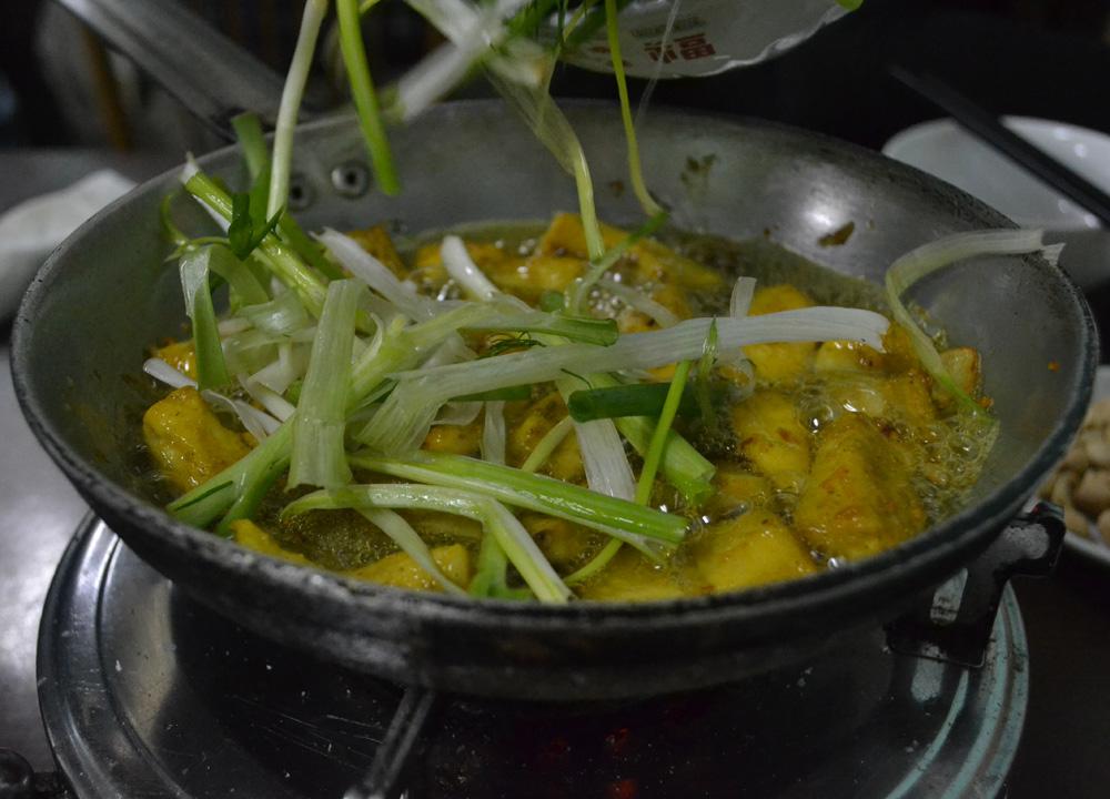 Tumeric Spiced Fish, Cha Ca La Vong Hanoi, Vietnamese Food Spiced Fish