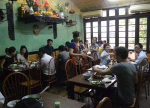 Oldest Restaurant in Vietnam, Cha Ca La Vong Hanoi, Vietnamese Food Spiced Fish