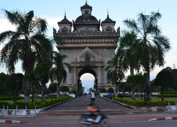 Patuxay Monument, Vientiane City Tour, Things to do in Laos