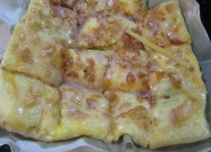 Thai Banana Roti, Sweet Thai Desserts in Thailand, Southeast Asia