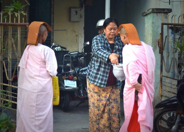 Female Monks Wearing Pink Robes, Best mandalay day tour by taxi