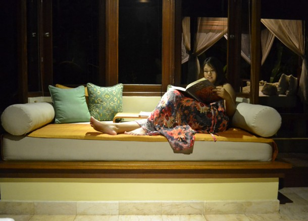 Relaxing at Night, Komaneka Tanggayuda Ubud Review Pool Villas
