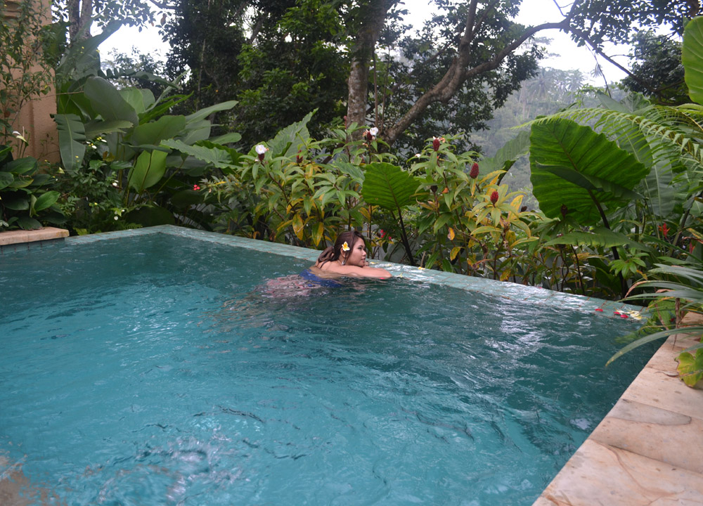 Luxury travel in southeast asia and romance on a budget for Private swimming pool malaysia