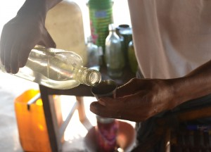 Local Burmese Toddy, Making Palm Wine in Burma, Alcohol from Palm Trees