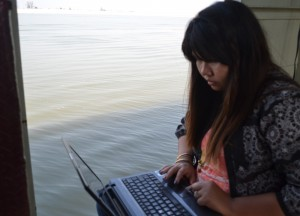 Blogging on Laptop, Bagan to Mandalay by Boat, Irrawaddy River Cruise