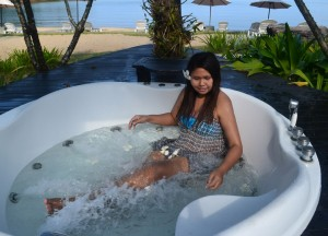 Jacuzzi Tubs at Mercure, Best Romantic Resorts in Koh Chang Islands Trat