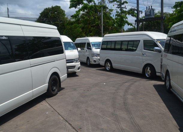 Minibuses at Gem Factory, Jewellery Shopping in Bangkok