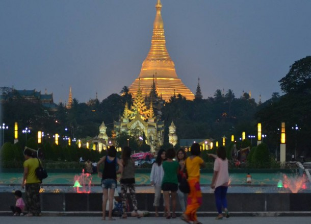 Shwedagon Pagoda, Cheapest Thai VISA Runs from Bangkok Thailand