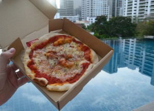 Pizza at the Pool, Street Food Pizza, Yan Pizza, Sukhumvit 23