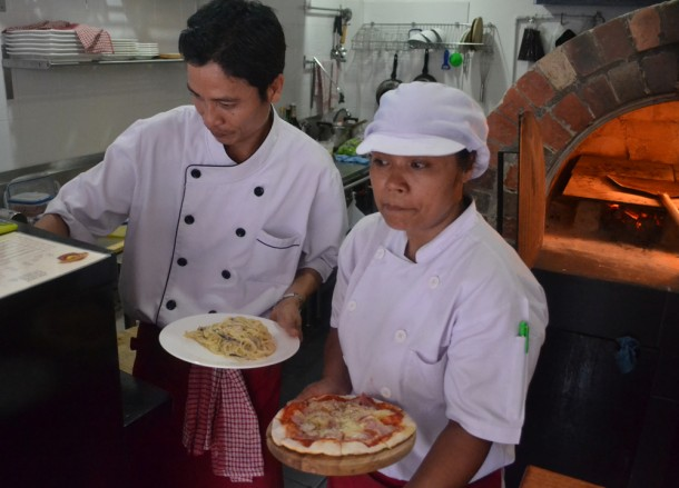 Margarita Pizza and Pastas, Street Food Pizza, Yan Pizza, Sukhumvit 23