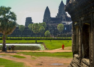 Monk at Angkor Wat, Maison Polanka Review, Siem Reap