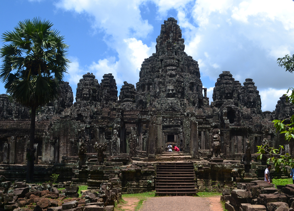 Faces of Bayon Temple, Best Thai VISA Runs from Bangkok Thailand