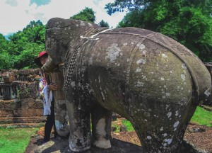 Mebon Elephant Guards, Introduction to Angkor Wat Two Day Tours