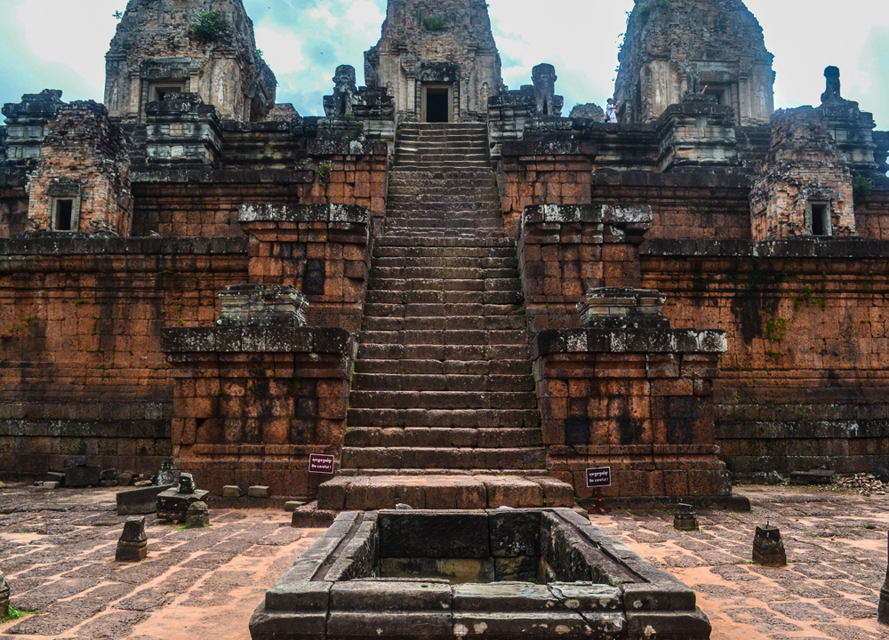 Pre rub crematorium, Introduction to Angkor Wat Two Day Tours