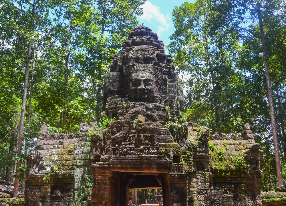 Entrance to Ta Som, Introduction to Angkor Wat Two Day Tours