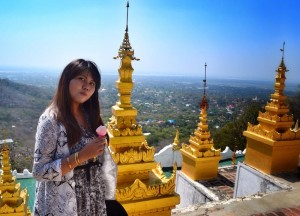 Ice-Cream with Views, Best mandalay day tour by taxi