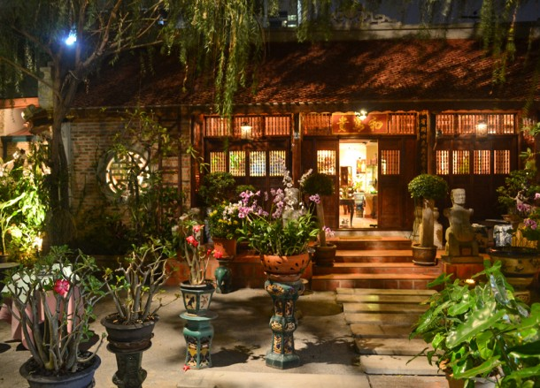 Traditional House, Le Dalat Vietnamese Restaurant in Bangkok