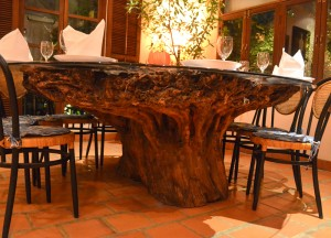 Tree Roots Table, Le Dalat Vietnamese Restaurant in Bangkok