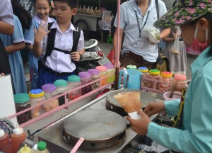 International Street Food in Bangkok, Thai Crepes