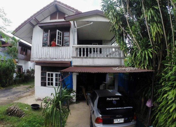 Restoring Old House, Living in Rural Thailand, Isaan North East Thailand