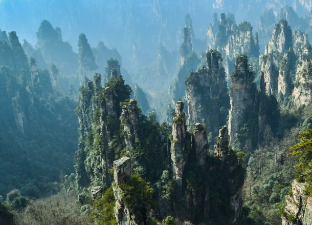 Bloody Rugged, Travel to Zhangjiajie National Park