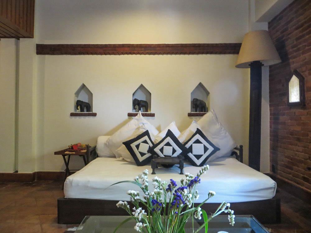 Dwarika 39 s hotel kathmandu nepal simply stunning for Room design in nepal