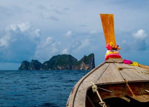 Ko Phi-Phi Tours, Escaping the Backpackers in Phuket, A Lapse in Luxury.