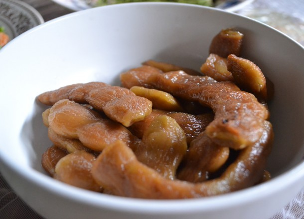 Tamarind Sweets, Weird Fruits of Thailand