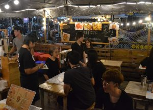 Eating Out, Living in Bangkok Suburbs, Ramkhamhaeng, Bangkapi, Ladprao