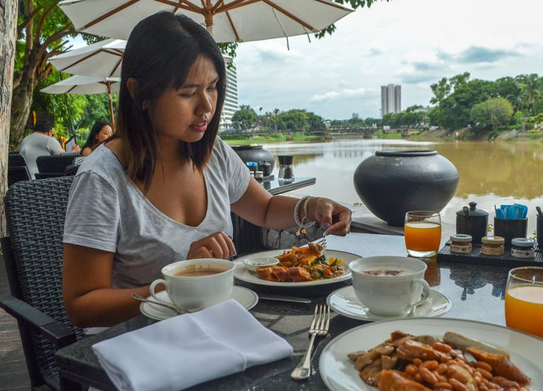 Riverside Dining, Anantara Vacation Club Chiang Mai Riverside