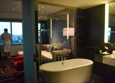 Standalone Bath, Le Méridien Saigon Riverside Hotel in Ho Chi Minh