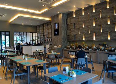 4K Restaurant, X2 Vibe Buriram Hotel Isaan Northeastern Thailand