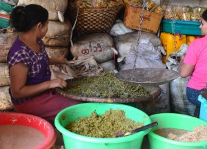 Lahpet Tea Leaf at Market, Top Burmese Food, Eating Myanmar, Burma
